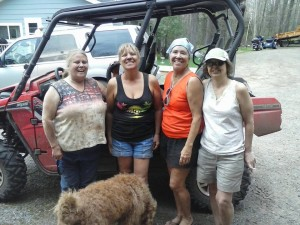 Muddin with the girls