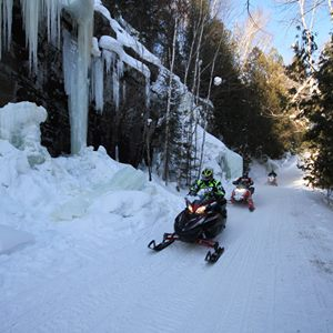 snowmobiling-is-good